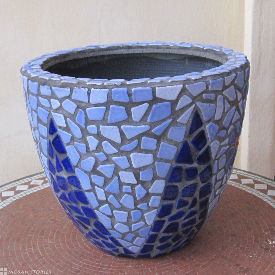 Plant Pot with Ceramic tiles